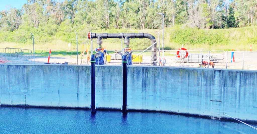 Energy Australia Tallawarra site self priming pumps means no crane