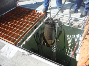 submersible pump needs to be lifted out of pit